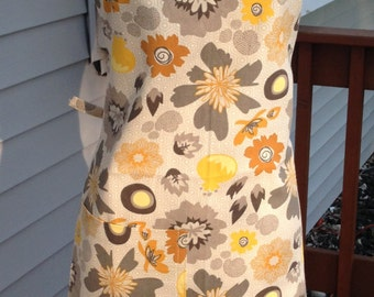 Apron, Floral Apron, Gift for Her, Hostess Gift, Baking Apron, Grillings Apron