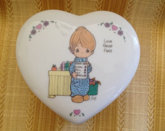 Precious Moments Porcelain Heart Box, 1994, Love Never Fails, Trinket Box, Enesco Precious Moments Heart Box, Heart Trinket Box