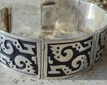 Vintage Mexican Modernist Sterling Silver Curved Panel Hinged Bracelet