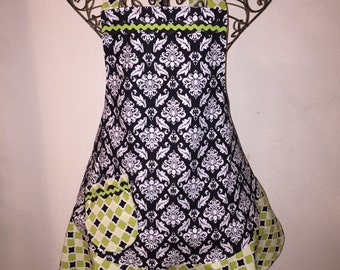 Women's Medium Black & White Damask Apron