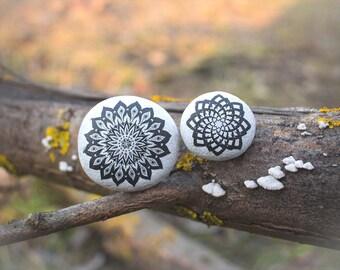 Mandala - Mandala Art - Mandala Stone - Meditation Decor - Zen Art - Zen Decor - Desk Decor - Table Decor - Stone Art - Rock Art - Yoga