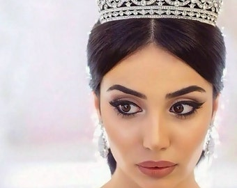 Crown, Tiara, Silver Crown, Bridal Tiara, Wedding Crown, Silver hair accessory, Crystal Crown, hair accessories, pageant crown, bridal comb