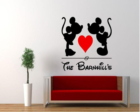 vinyl kissing mickey minnie mouse wall decal vinyl disney. Black Bedroom Furniture Sets. Home Design Ideas