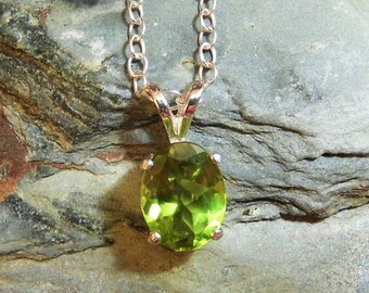 Beautiful Green Peridot Pendant Green Peridot Necklace Facet Cut Peridot August Birthstone