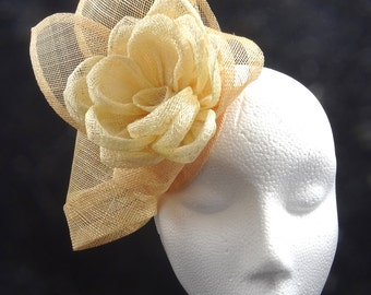 Fascinator hat in natural barley and ivory, hatinator, headpiece