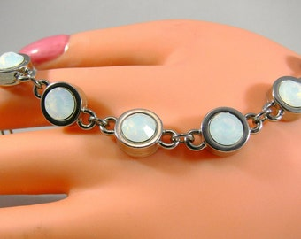 Crystal bracelet, links bracelet, wedding bracelet, Opal bracelet, Moonstone, brilliant, bezel, wedding, engagement, gift, color of your choice
