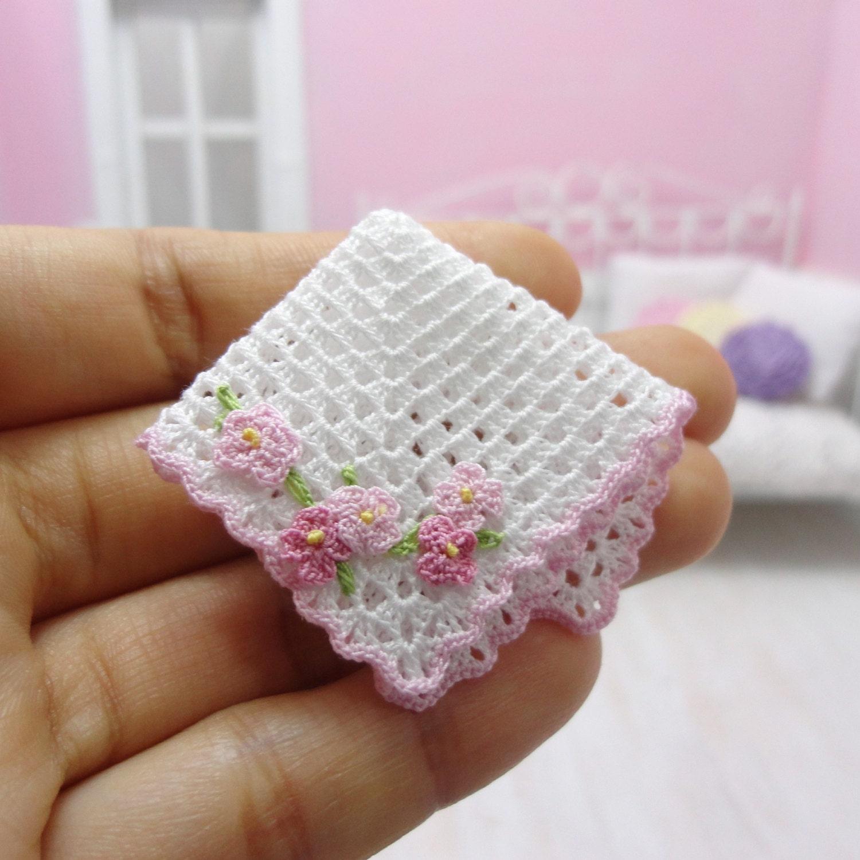 Mini Crochet Baby Blanket Pattern : 1:12 Dollhouse miniature baby crochet blanket with pink