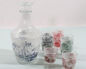 Decanter and glasses set. vintage decanter, coach and horses, decanter and 6 glasses. French vintage, Retro glassware,