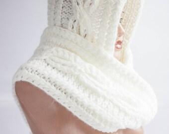 Hooded Scarf. Long Scarf. Wool Scarf. Hooded long Scarf. Chunky hooded scarf. Scoodie Scarf. White hoodie scarf.
