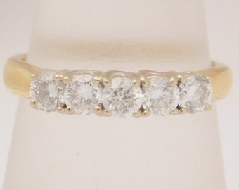 1.00 Carat T.W. Round Cut Diamond Band 18K Yellow Gold Ring