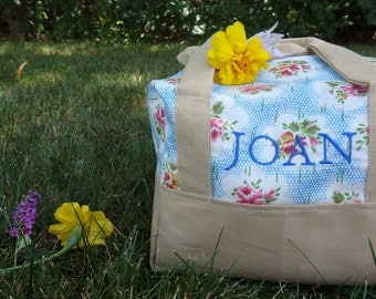 Insulated Lunch Bag - Vintage Summer Wildflowers