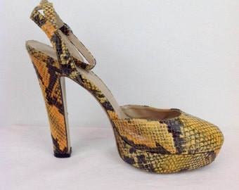 Vintage 90s 70s Snakeskin Platform Shoes Yellow High Heels Disco Club Kid Party Retro Shoes Size 7 UK 41 EU 9 1/2 US