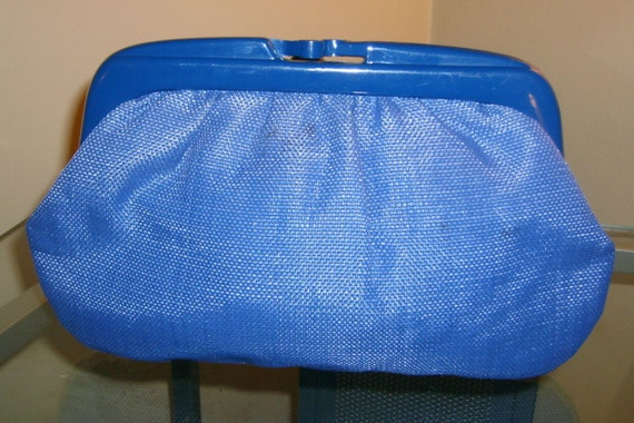 VTG Italian blue cotton canvas clutch with Lucite frame.
