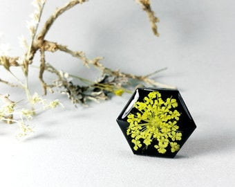 Black and Yellow Ring with real dried flowers - silver color ring with queen anne's lace in black, Botanical jewelry for her.