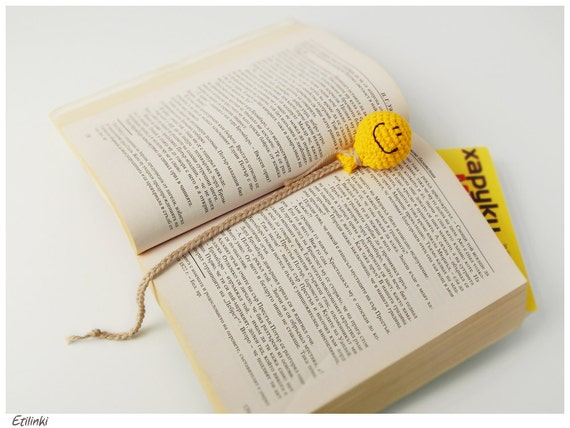 Crochet Balloon Bookmark. Happy Birthday Gift For Book Lovers