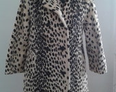 """Vintage 1960's E.F. Timme & Son """"Swahili"""" Cream Black Faux Leopard Spotted Coat High Quality Sz Small Med Mod Edie Sedgwick"""