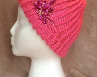 MimiyaWool hat - Pink with sequin flower