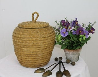 Vintage Snake Basket/Rush Basket/ Waste Paper Basket/Bathroom Basket/ Decorative Basket/ SALE