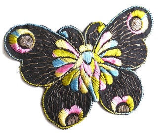 Butterfly Patch, 1930s vintage embroidered applique. Vintage patch, sewing supply. Applique, Crazy quilt. #641G86K16