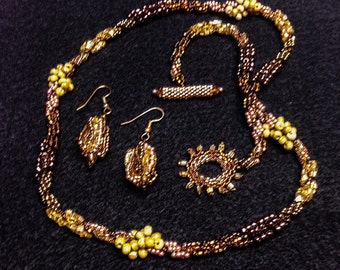 Glass Bead Woven Spiral Necklace with Earrings