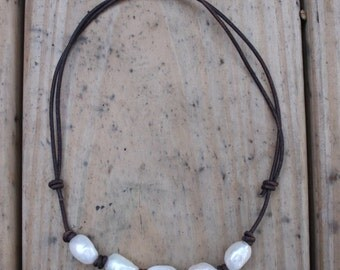 Adjustable Freshwater Pearl Necklace; White Pearl Necklace; Pearl and Leather Necklace