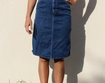 90s High Waisted Denim Skirt, Size 8 / 27, Vintage Bill Blass Jean Dark Wash