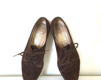 Vintage Ferragamo Oxfords Dark Brown Suede Lace-Up Low Heels Designer Shoes 7