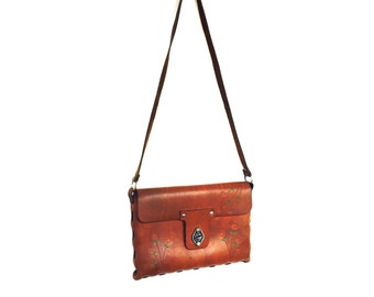 Vintage Boho Leaher Crossbody Purse / bag