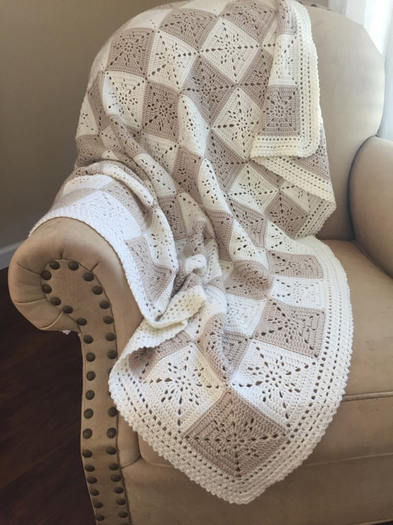 Crochet Granny Square Baby Afghan Pattern : Crochet Blanket Pattern Arielles Square Crochet Baby