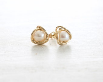 Pearl 14k Gold or Silver Stud Earrings, White Freshwater Pearls, June Birthstone, Pearl Earrings, Bridesmaids Gifts, Anniversary Gift