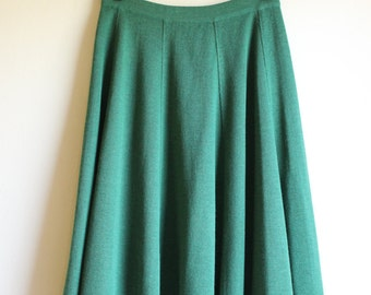 Green with Envy! Green Knitted Skirt ||| Medium