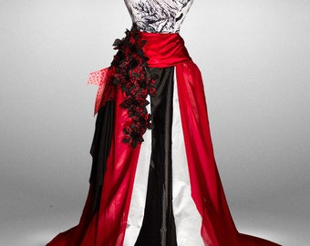 GOTH STYLE ballet gown, alternative wedding dress made with a victorian corset and a long and wide satin and chiffon skirt