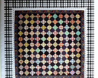 Easy Quilt pattern, Baby Quilt, Small Size Quilt pattern, Table Topper, Wall Hanging, Quilt Maker Gift, Vintage Style Small Quilt Pattern