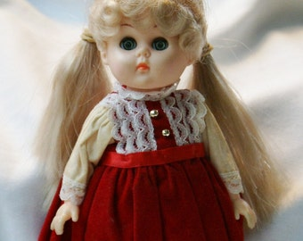 1986 Vogue Ginny Doll/Holiday Party/Vinyl Doll