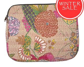 WINTER SALE - Laptop Sleeve 2 - Tropical Flower Beige Pattern