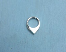 Mini-Fin Septum Ring - Solid Sterling Silver - Piercing Daith Rook Helix Nostril