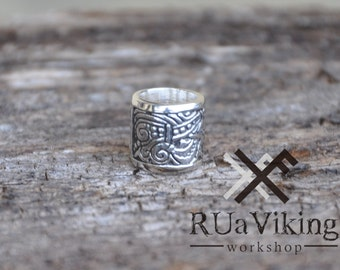 Fjalar - large beard bead - 9 mm inner diameter - Viking beard ring with pattern inspired with Viking motiffs - silver plated bronze