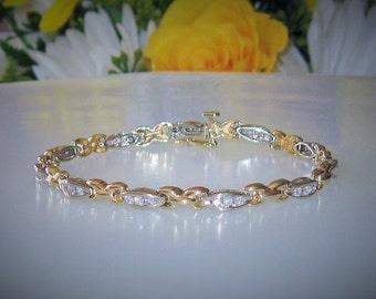 15% SALE!  Stunning 14K Gold & Diamonds Tennis Bracelet-12 Grams GOLD-Safety Clasp-1 CTW Diamonds-33 2mm Round Faceted Diamonds-Gift Box