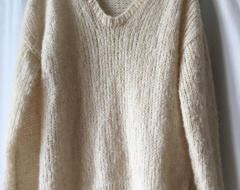 Loose Syb, alpaca and silk V neck sweater