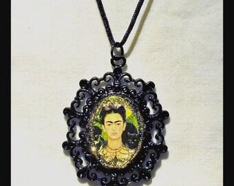 Very nice Frida Kalo Pendant Necklace