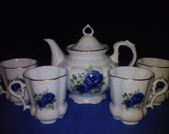 Winrose Collection Tea Set