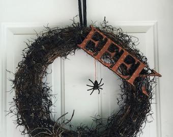 Creepy Halloween spider wreath