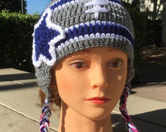 Grey and blue hat with a beautiful star!