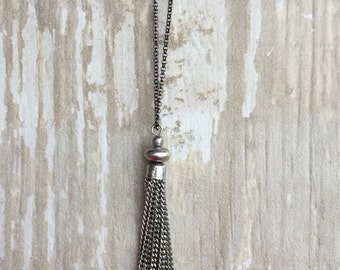 Chain tassel pendant on gunmetal chain