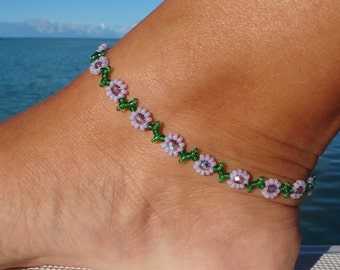 Anklet, ankle bracelet, Purple Daisy Anklet - Flower Ankle Bracelet - Beaded Jewelry