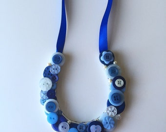 Small button horseshoe, good luck wedding gift for the Bride, blue buttons, UK seller