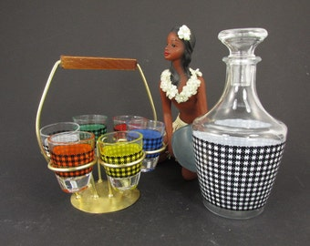 Six Colorful schnaps shot glasses and 1 carafe / 60s