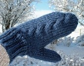Subtle cable knit mittens...