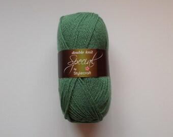Stylecraft Special DK  yarn, 100g, CYPRESS, green