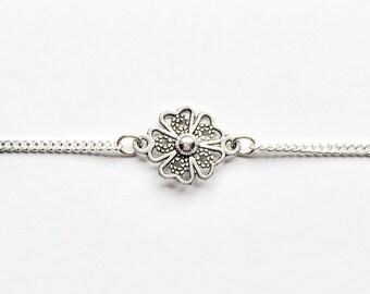 Flower Chain Choker
